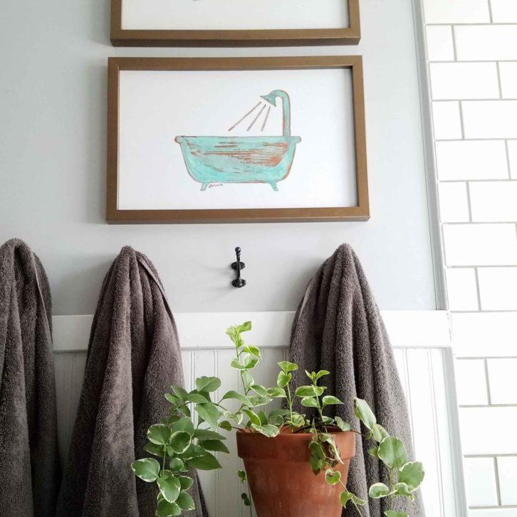 Boho Chic Bathroom Decor with Copper Wall Art by Prodigal Pieces | prodigalpieces.com