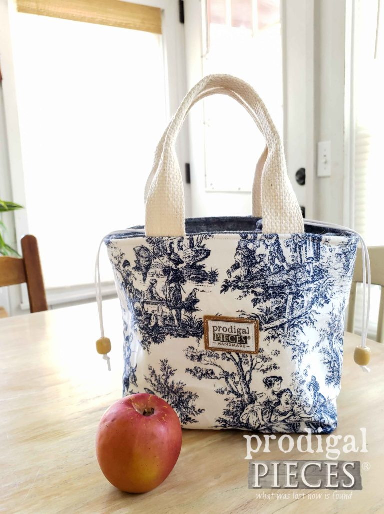 Blue Toile Insulated Lunch Bag | Fashion Accessories at Prodigal Pieces | shop.prodigalpieces.com