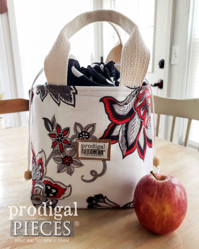 Black & Red Floral Insulated Lunch Bag by Larissa of Prodigal Pieces | available at shop.prodigalpieces.com #prodigalpieces #shopping #fashion #lunch #handmade #giftideas