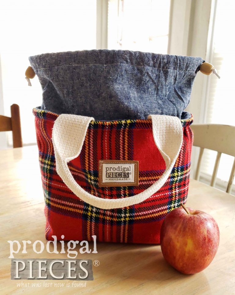 Handmade Red Tartan Insulated Lunch Bag by Larissa of Prodigal Pieces | shop.prodigalpieces.com #prodigalpieces #shopping #handmade #bag #lunch