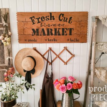 Fresh Cut Flower Market Sign by Larissa of Prodigal Pieces | available for purchase at shop.prodigalpieces.com #prodigalpieces #farmhouse #spring #flower #shopping #home #homedecor